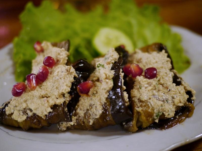 Georgian eggplant rolls